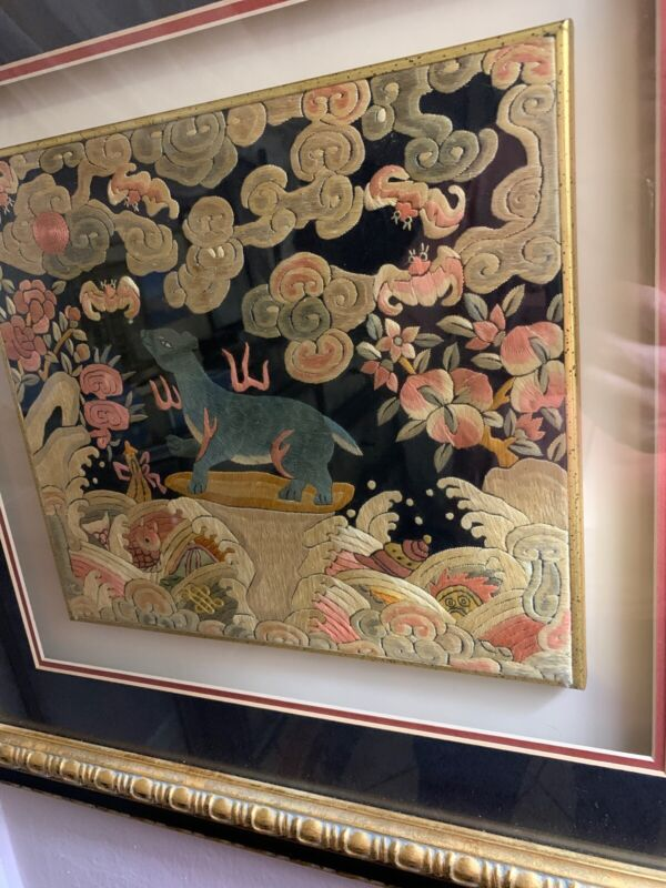 EXTRAORDINARY !! ANTIQUE 19TH CENTURY CHINESE SILK EMBROIDERY Vats