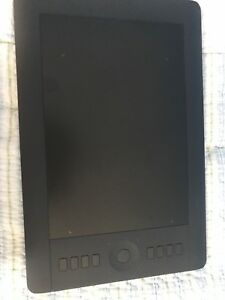 Wacom Intuos Pro Medium Designing Tablet