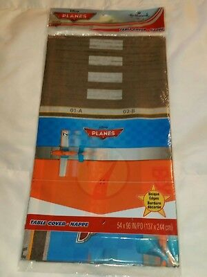 y Planes Plastic Table Cover 54