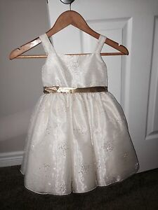 Flower girl dress 4/5