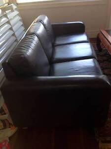 MORAN LEATHER LOUNGE - CHOCOLATE BROWN Newport Hobsons Bay Area Preview