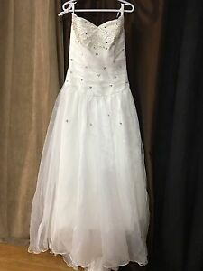 Wedding dress blow out.  Kitchener / Waterloo Kitchener Area image 6