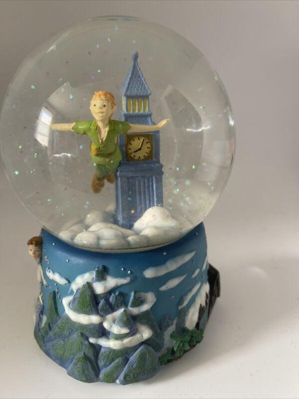 """Enesco Disney Peter Pan Sculpted Musical Snow Globe Plays """"Au Clair De La Lune"""""""