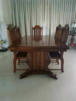 Formal Dining Table & Matching Chairs, ideal for Christmas Dinner