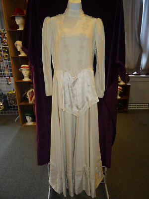 Vintage 1970's Off-White Long Sleeves Wedding Dress with Faux Apron and Trim