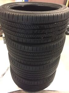 4 almost new Set of Good Year tires 245/45/19