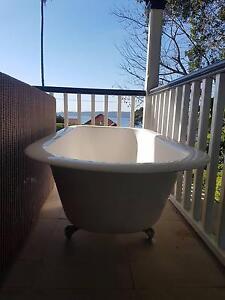 Bath tub going cheap Mosman Mosman Area Preview