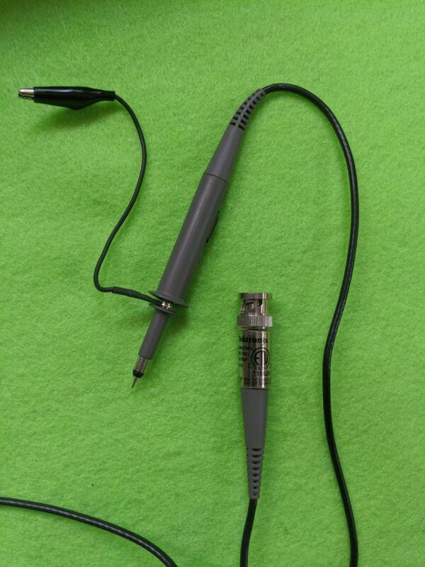 Tektronix P2100 100 MHz Passive Voltage Probe