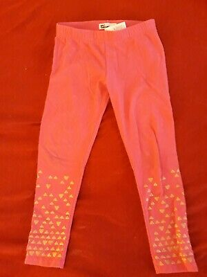 Hot Girl With Leggings (Epic Threads Girls Hot Pink leggings with gold Hearts size)
