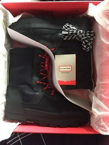 Hunter snow boots for 320$