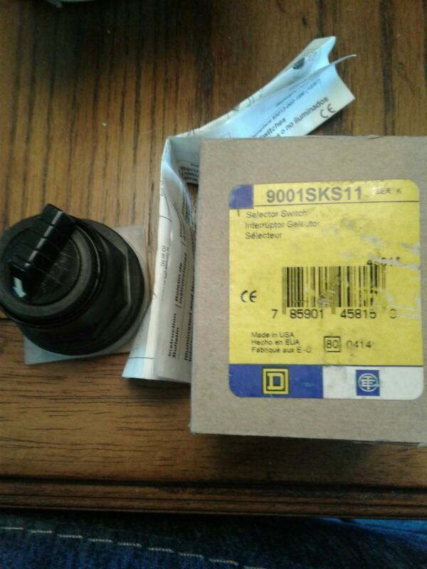 NEW SQUARE D 9001SKS11 SELECTOR SWITCH