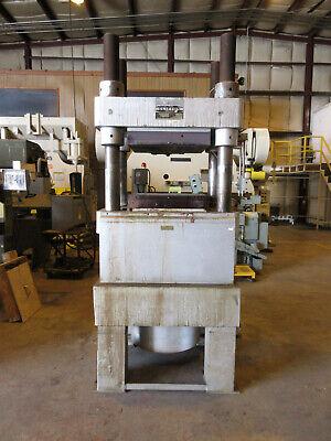 Clifton 300 Ton 4 Post Up-acting Hydraulic Press