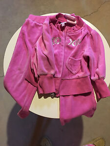 XOXO Pink 2 piece outfit 24 months London Ontario image 1