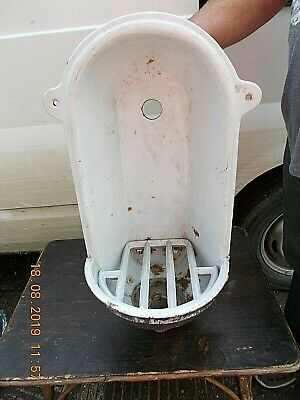 ANTIQUE CAST IRON DRINKING WATER FOUNTAIN WITH GRATE / FONT / FRENCH 26