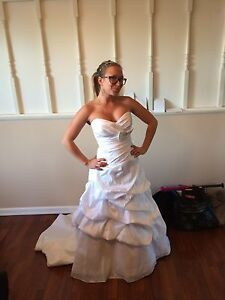 Wedding dress for sale 700$ obo