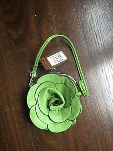Little green purse for sale! Never used, tags still on!