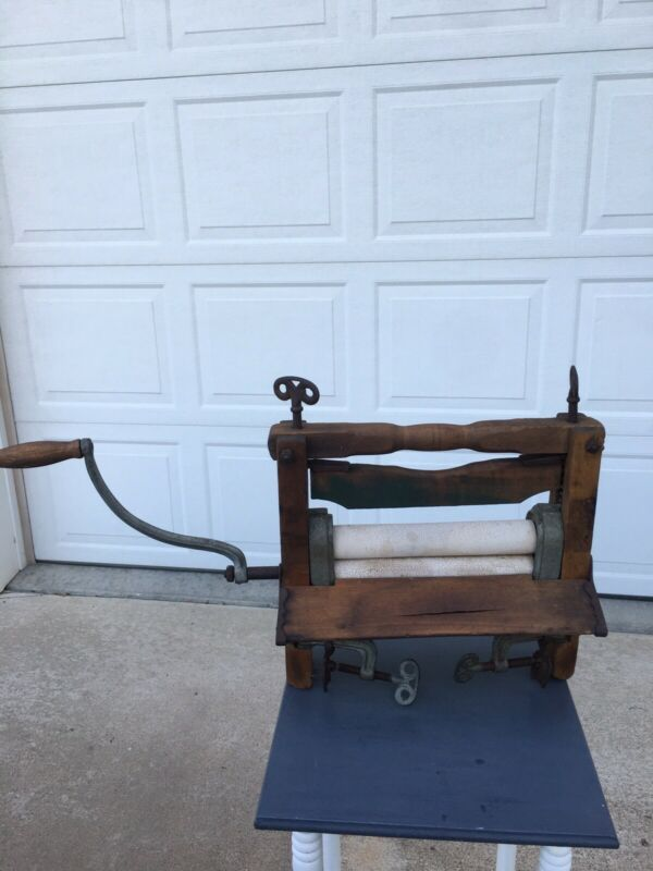 Antique Wooden Framed Clothes Wringer With Iron Clamps