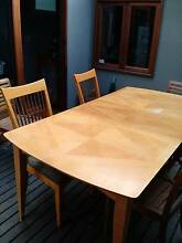 Extendable dining table and four chairs Randwick Eastern Suburbs Preview