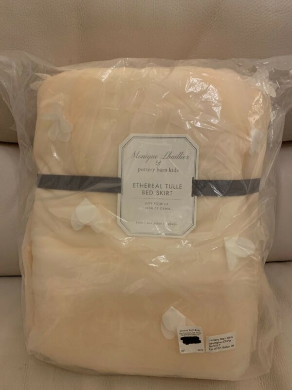 Pottery Barn Kids Monique Lhuillier Ethereal Blush Pink Twin Tulle bed skirt 16