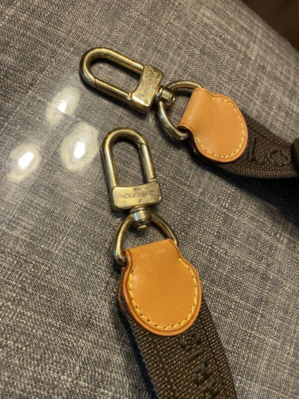 Louis Vuitton Vintage Cross Body Adjustable Shoulder Strap For Garment Bag