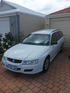Commodore vz v6 179500 kms
