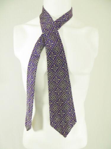 1970s Wemlon Wembley Necktie Wide Polyester Tie Vintage