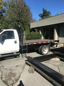 2008 Ford f550 xl 12ft flat deck with gooseneck ball hitch