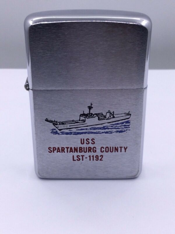 ZIPPO 1981 - USS SPARTANBURG COUNTY LST - 1192 2 Sided Enamel  (I710)