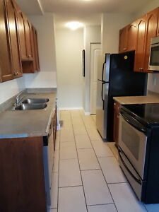 PERFECT LOCATION -- 2 BDRM CONDO - 2 WKS FREE WITH 1 YEAR LEASE