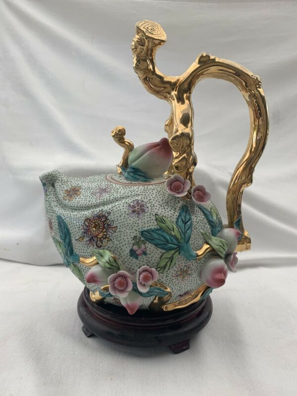 Antique/Vintage Chinese Export Teapot With Peaches