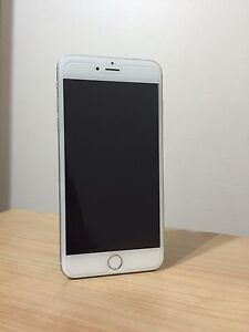 Unlocked iPhone 6 10/10 MINT
