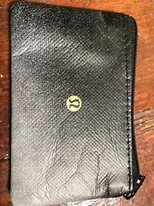 Lululemon gift card 157$ only asking 100