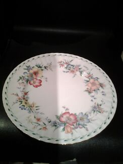 Looking to buy a dinner plate by ROYAL DOULTON CONSTANCE DESIGN  Normanhurst Hornsby Area Preview