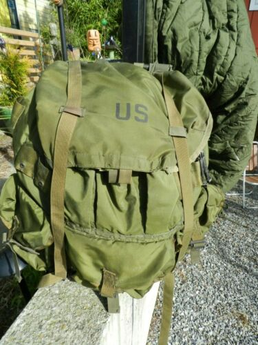 VINTAGE,US ARMY Backpack ,+,METAL FRAME,Vietnam Era (78-83),COMPLETE,NYLON