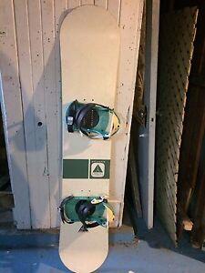 Snowboard avec bottes pour femme