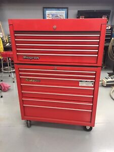 Snap-on tool chest top and bottom