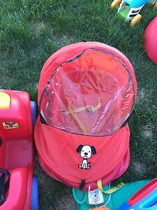 Baby sled with cover