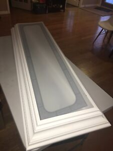 Large fluorescent kitchen light