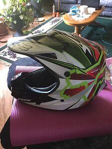 Dirtbike/quad helmet