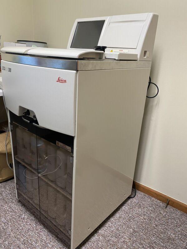 Leica ASP300 S Automated Vacuum Tissue Processor.