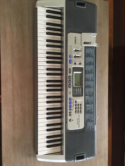 Casio Piano Keyboard ideal for beginners
