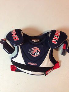 Youth Size Small Shoulder Pads. Cambridge Kitchener Area image 1