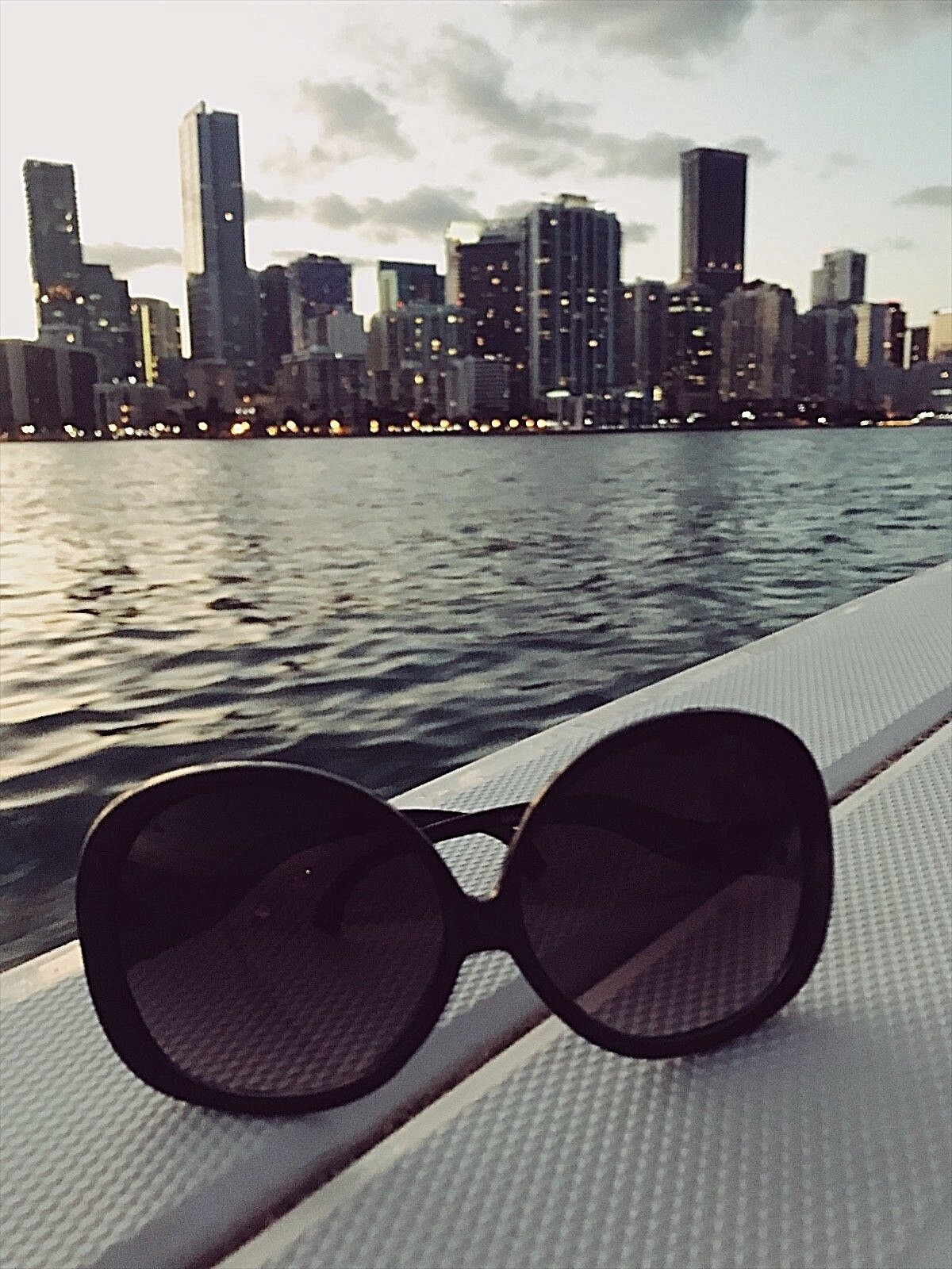 "XXL OVERSIZED ""Lauren"" Women Sunglasses Round Super Big"