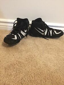 NIKE WRESTLING SHOES BRAND NEW ONLY WORN ONCE!!!