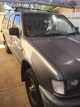 Holden Rodeo 1999 4x4 with canopy. Manual. Dual cab. Elizabeth Playford Area Preview