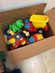 Assorted vetch toys 1+ years