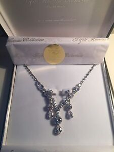 Beautiful Fifth Avenue Bridal Earring & Necklace Set