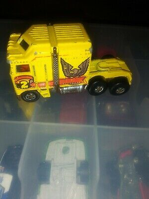 Hot Wheels Thunder Roller 1982 Malaysia With Rib Top