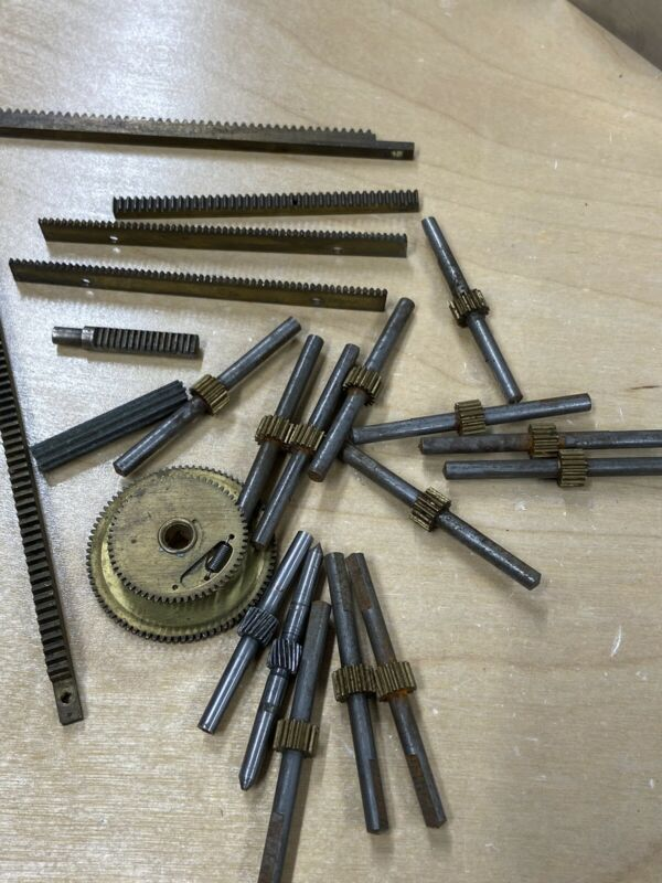 LARGE LOT OF BRASS SPUR PINION GEARS 32 AND 48 PITCH RACK ANTI BACKLASH ASSORTED