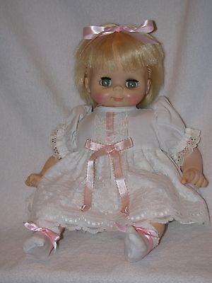 1975 Vintage Vogue Baby Doll